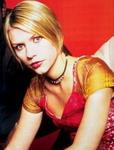 YM inside - CLAIRE DANES